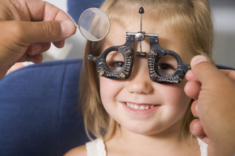 Eye-Exam-For-Kids-to-Detect-Vision-Problems-Lighthouse-Point-FL-480x320